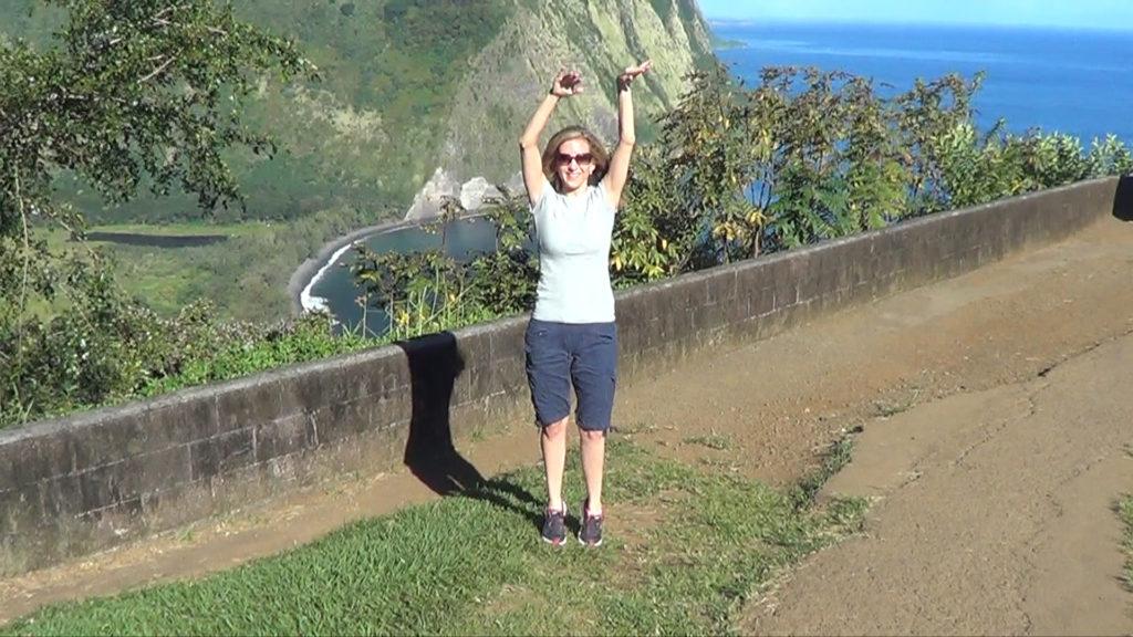 Hawaii Dance 002 - Waipi'o Valley