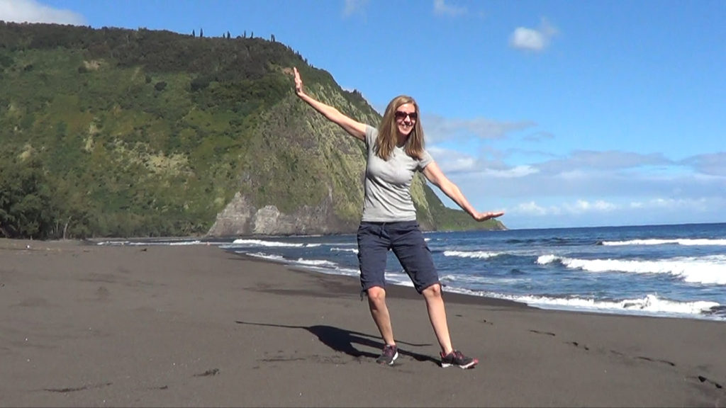 Hawaii Dance 030 - Black Sand Beach in Waipi'o Valley