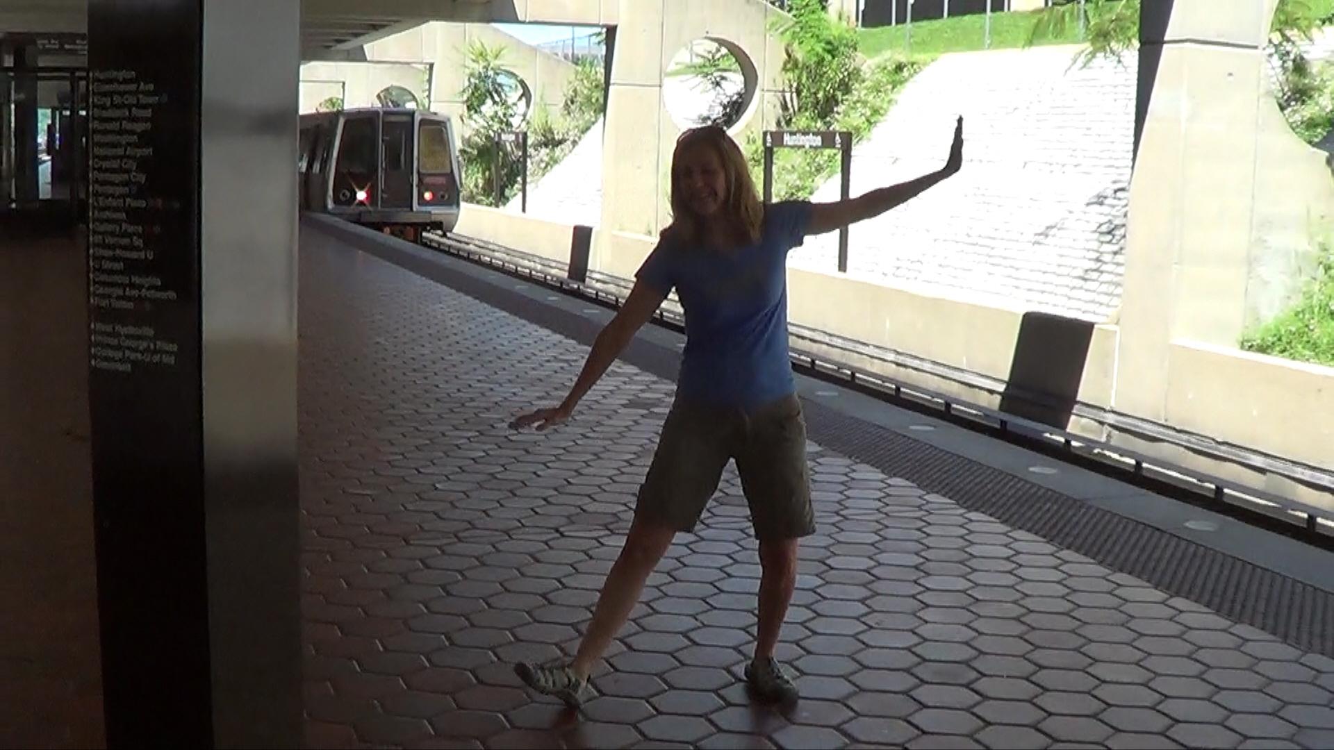 07 - Metro Station