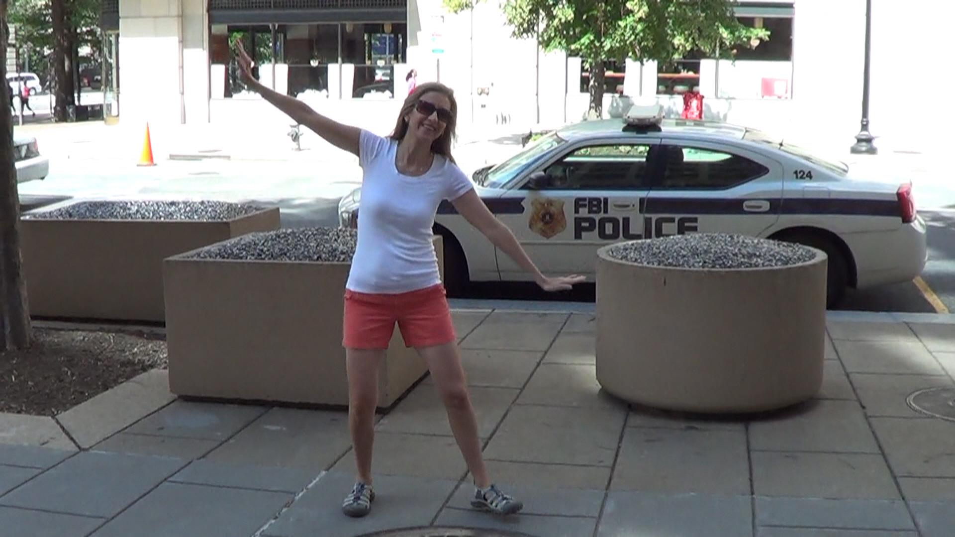 21 - FBI Police Car