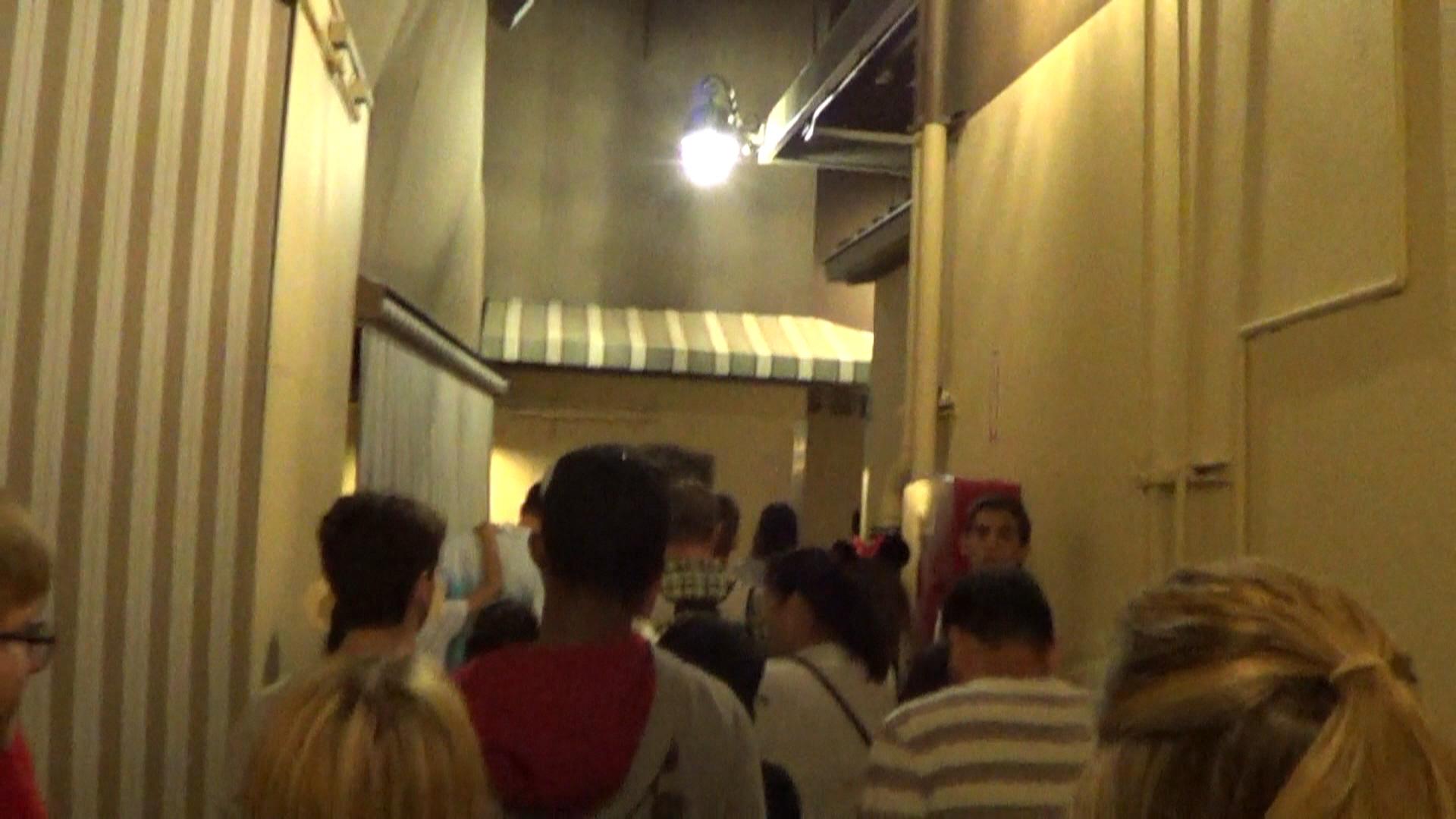 03 Disneyland - Alley behind the Emporium