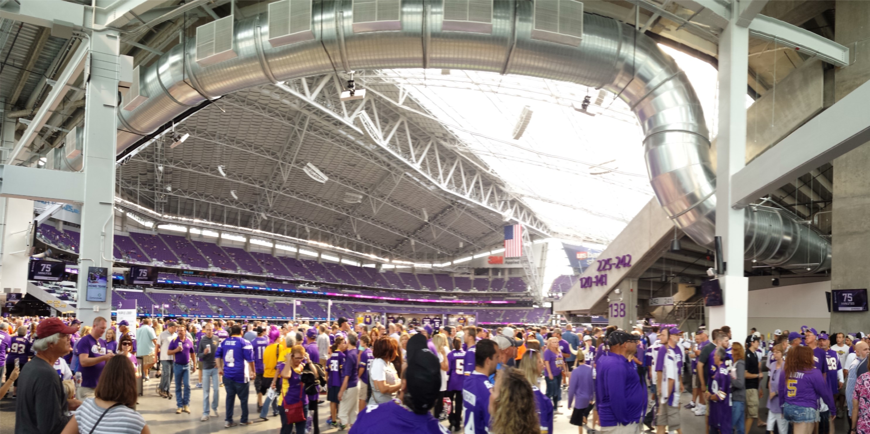 Minnesota Vikings U.S. Bank Stadium First Game - Inside the Doors