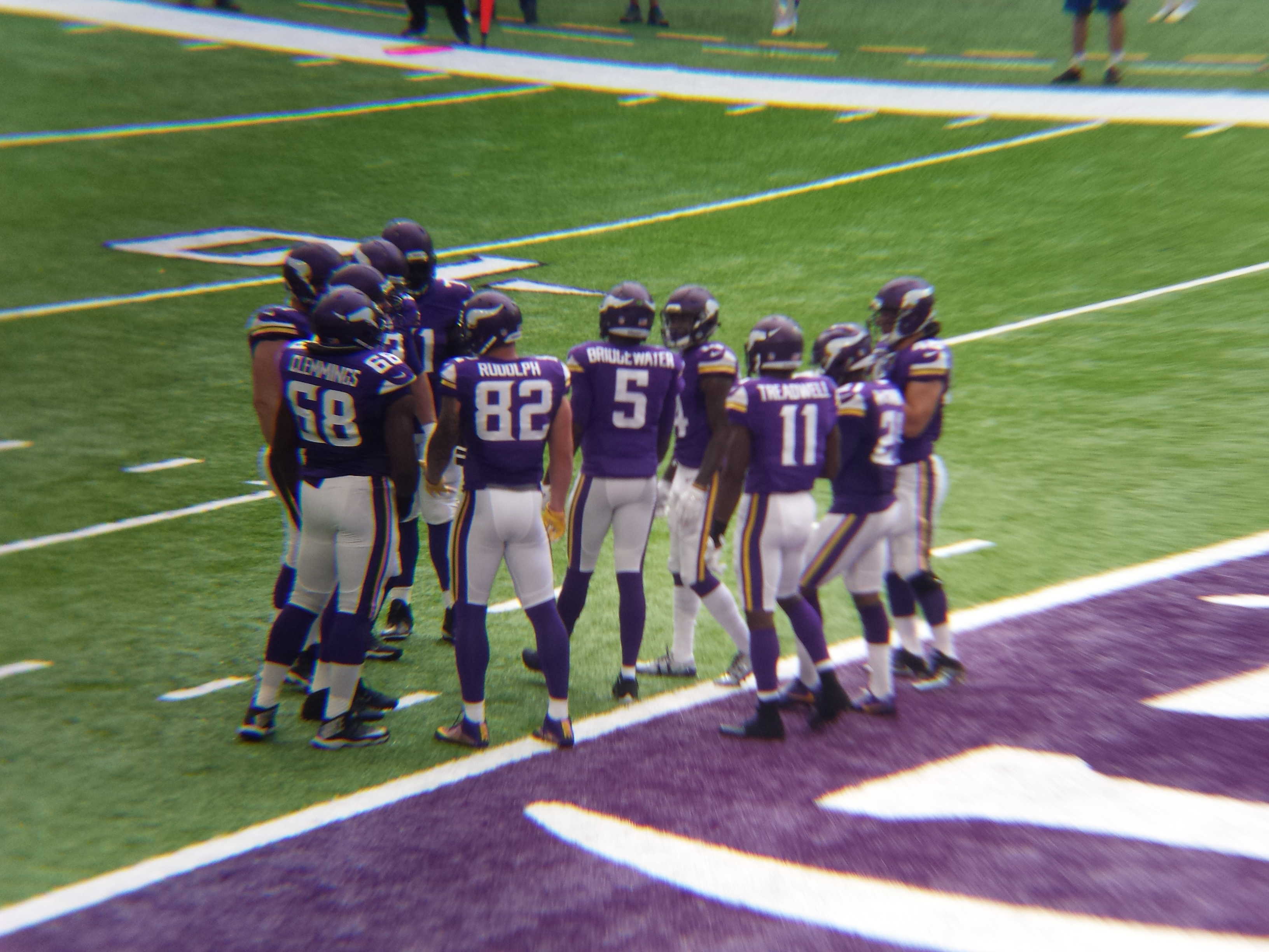 Minnesota Vikings U.S. Bank Stadium First Game - Huddle
